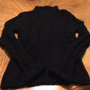 Eddie Bauer black sweater